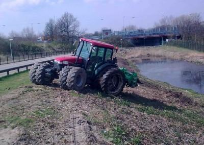 Tractor met rotorkop - inzaaimachine