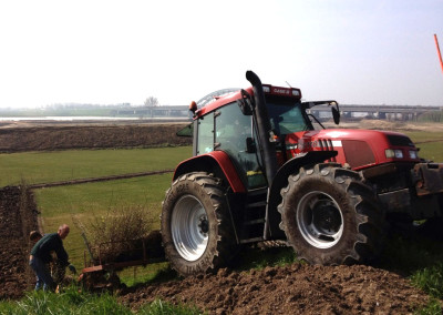 Tractor met plantmachine